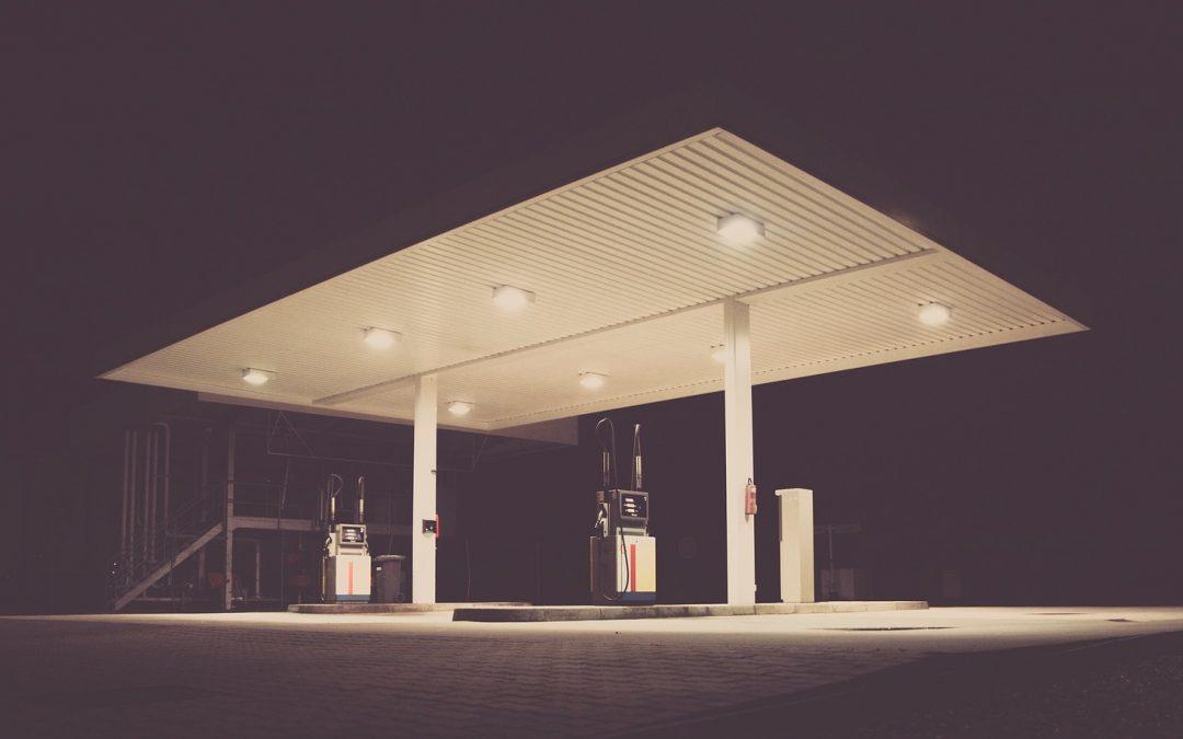 Cuatro organizaciones plantean recurrir el decreto que permite las gasolineras desatendidas en la región