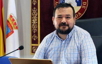 Lección del alcalde de CLM con ELA a los políticos que se han vacunado