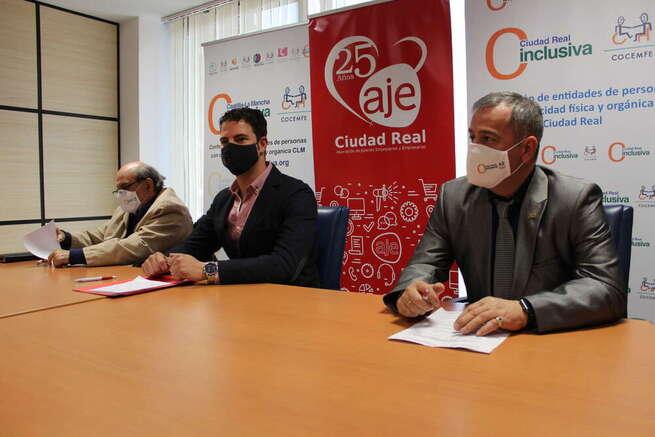 AJE Ciudad Real trabajará con CLM Inclusiva Cocemfe para mejorar la capacitación y el empleo de las personas discapacitadas